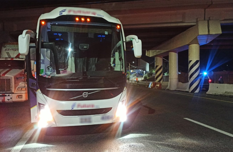 autobus Noche
