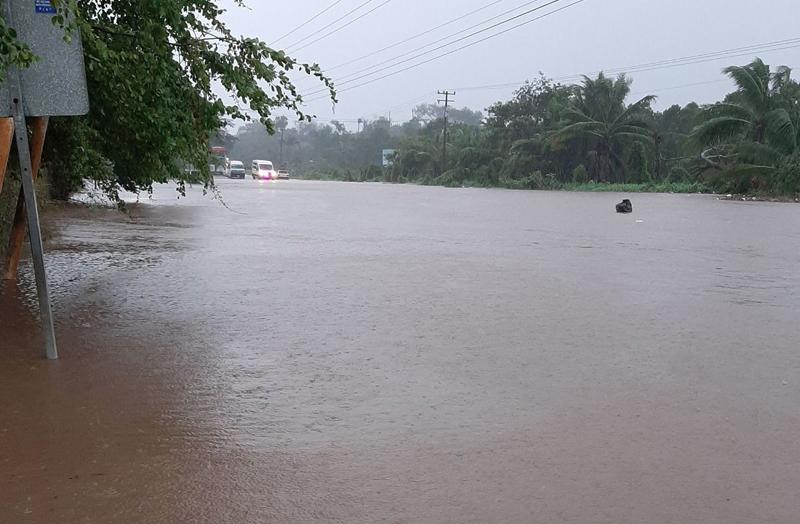 inundación tormenta RICK